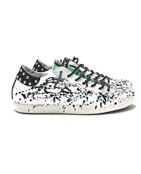 Sneakers Nairobi 12