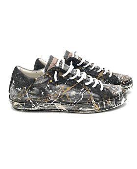 Sneakers Tokyo 06