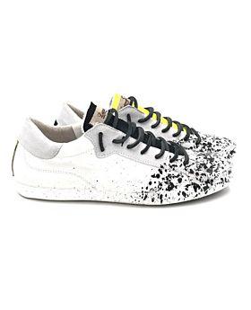 Sneakers Nairobi 11