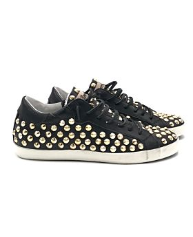 Full studs blk / gold